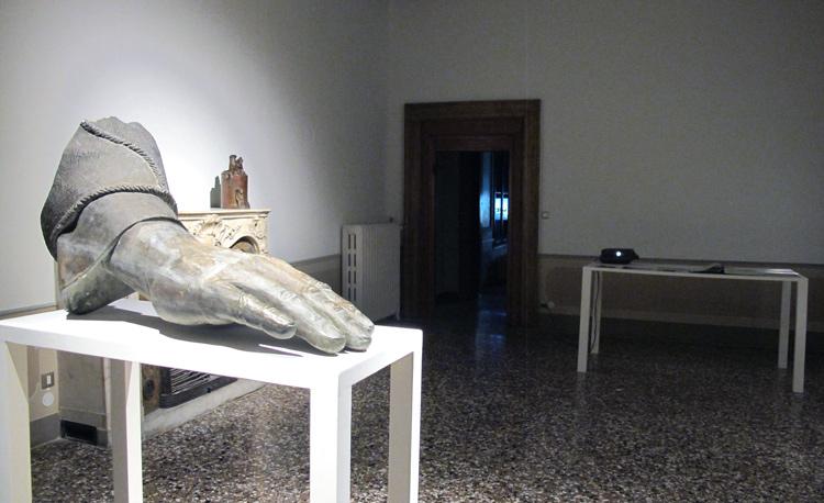 Kuwait-Pavilion-Venice-Biennale-Art-2013 (7)