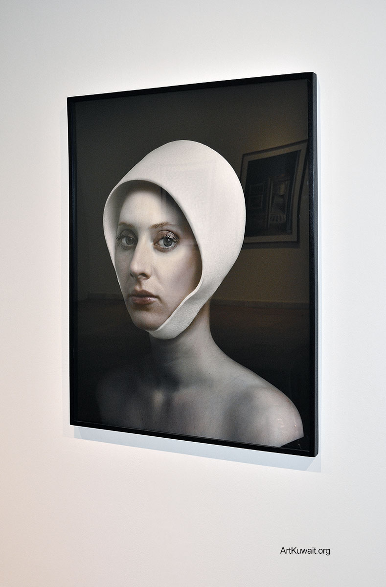 Sultan Gallery Exhibition by Hendrik Kerstens and Robert Polidori (4)